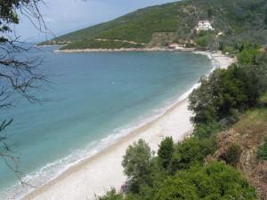 Η παραλία της Πάου